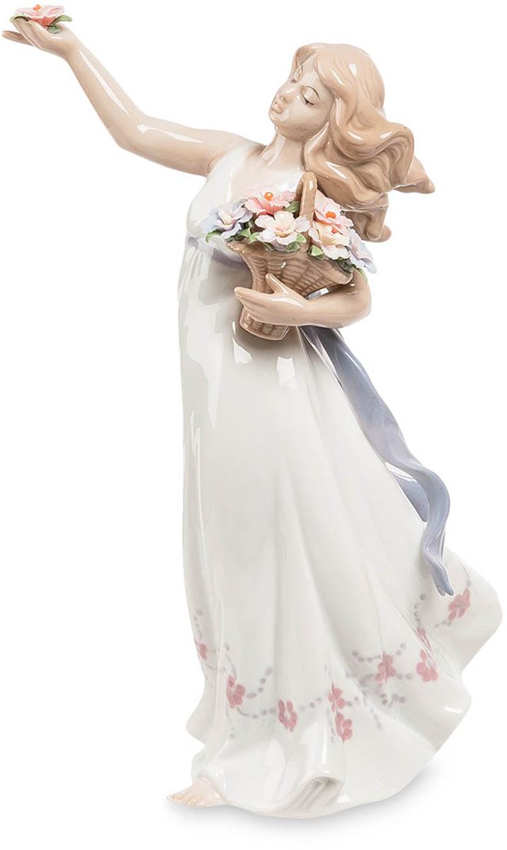 Фигурка Pavone Девушка с цветами. JP-29/22JP-29/22Фигурка Девушки высотой 20 см. Милейшее существо с цветами, сама милость!