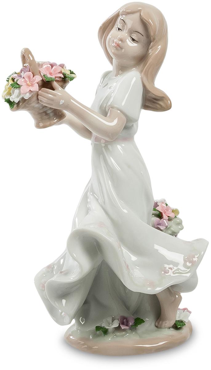 Статуэтка Pavone Девушка с цветами. JP-22/25JP-22/25Фигурка Девочки высотой 21 см. Милейшее существо с цветами, сама прелесть!