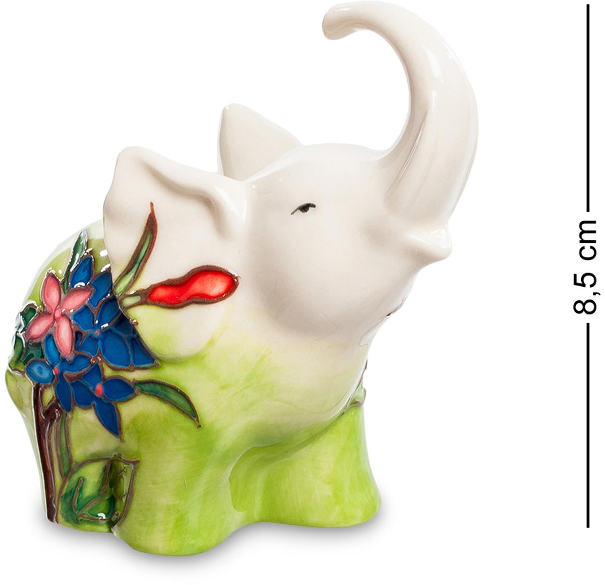 Фигурка Pavone Слоник. JP-11/46JP-11/46Фигурка Слона высотой 8.5 см. Когда маленький слонёнок зовёт маму, его зов слышно на другом конце сафари!