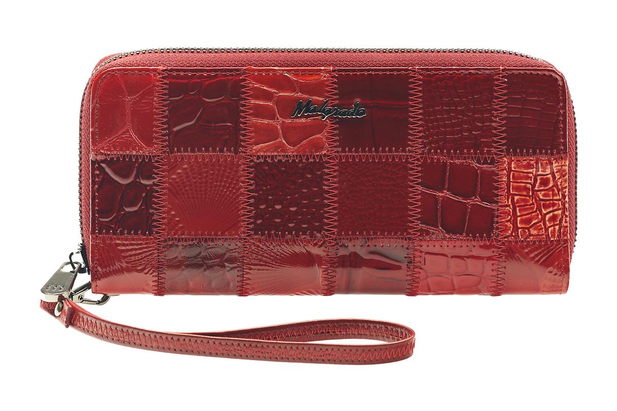 Кошелек женский Malgrado, цвет: красный. 73005-44473005-444A Red Клатч MalgradoСтильный клатч Malgrado изготовлен из натуральной кожи красного цвета с декоративным тиснением и закрывается на молнию. Внутри расположены четыре основных отделения, одно из которых на молнии, по четыре кармашка на боковых стенках для карточек, визиток, кредиток и два кармашка побольше, в которые можно положить пропуск, проездной билет или фотографию. В комплект так же входит кожаный ремешок для удобной переноски. Клатч упакован в металлическую коробку с логотипом фирмы. Характеристики: Материал: натуральная кожа, текстиль, металл. Размер клатча: 19 см х 10 см х 2 см. Цвет: красный. Размер упаковки: 23 см х 13 см х 4,5 см. Артикул: 73005-444.