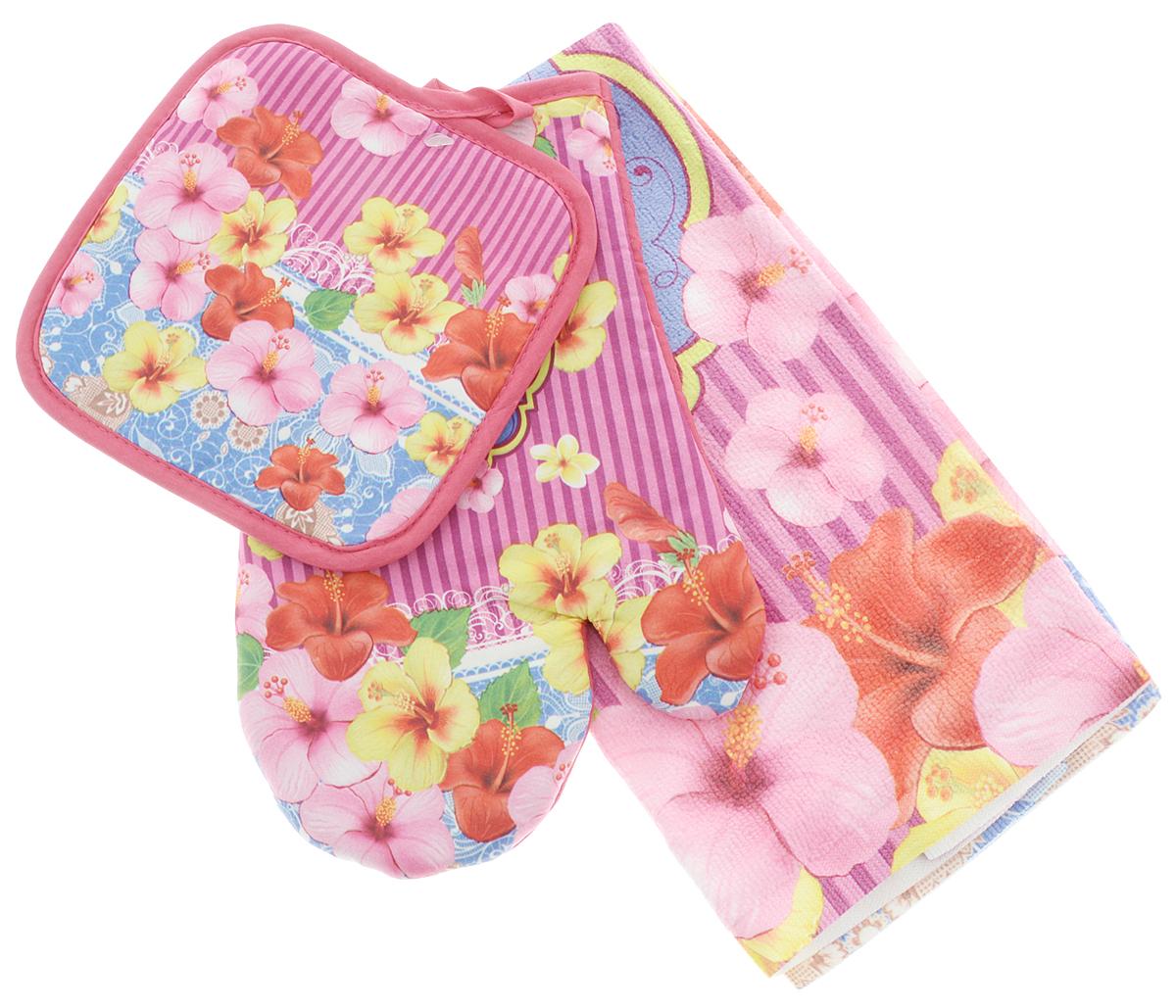 Комплект для кухни Soavita Гибискус, 3 предмета80613/XC FLS2Кухонный комплект Soavita Гибискус состоит из полотенца, прихватки и прихватки-варежки. Прихватка и прихватка-варежка изготовлены из 100% полиэстера, полотенце изготовлено из 80% полиэстера и 20% полиамида. Все изделия украшены ярким рисунком цветов. Комплект идеально дополнит интерьер вашей кухни и создаст атмосферу уюта и комфорта. Высочайшее качество материала гарантирует безопасность не только взрослых, но и самых маленьких членов семьи. Размер полотенца: 38 х 63 см. Размер прихватки: 17 х 17 см. Размер прихватки-варежки: 17 х 27 см.