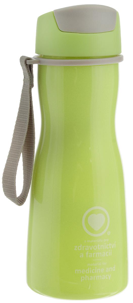 Бутылка для воды Tescoma Purity, цвет: салатовый, серый, 500 мл891980.25Стильная бутылка для воды Tescoma Purity, изготовленная из высококачественного пластика, оснащена съемным текстильным ремешком и крышкой с силиконовым уплотнителем, которая плотно и герметично закрывается, сохраняя свежесть и изначальную температуру напитка. Изделие прекрасно подойдет для использования в жаркую погоду: вода долго сохраняет первоначальные свойства и вкусовые качества. При необходимости в бутылку можно наливать витаминизированные напитки, фруктовые соки, чай или протеиновые коктейли. Такую бутылку можно без опаски положить в рюкзак, закрепить на поясе или велосипедной раме. Она пригодится как на тренировках, так и в походах или просто на прогулке. Бутылку разрешено кипятить и мыть в посудомоечной машине. Изделие можно использовать в холодильнике и микроволновой печи. Ремешок и крышку не рекомендуется мыть в посудомоечной машине. Диаметр горлышка бутылки: 5 см. Высота бутылки (без учета крышки): 18,7 см. Длина ремешка: 11 см.