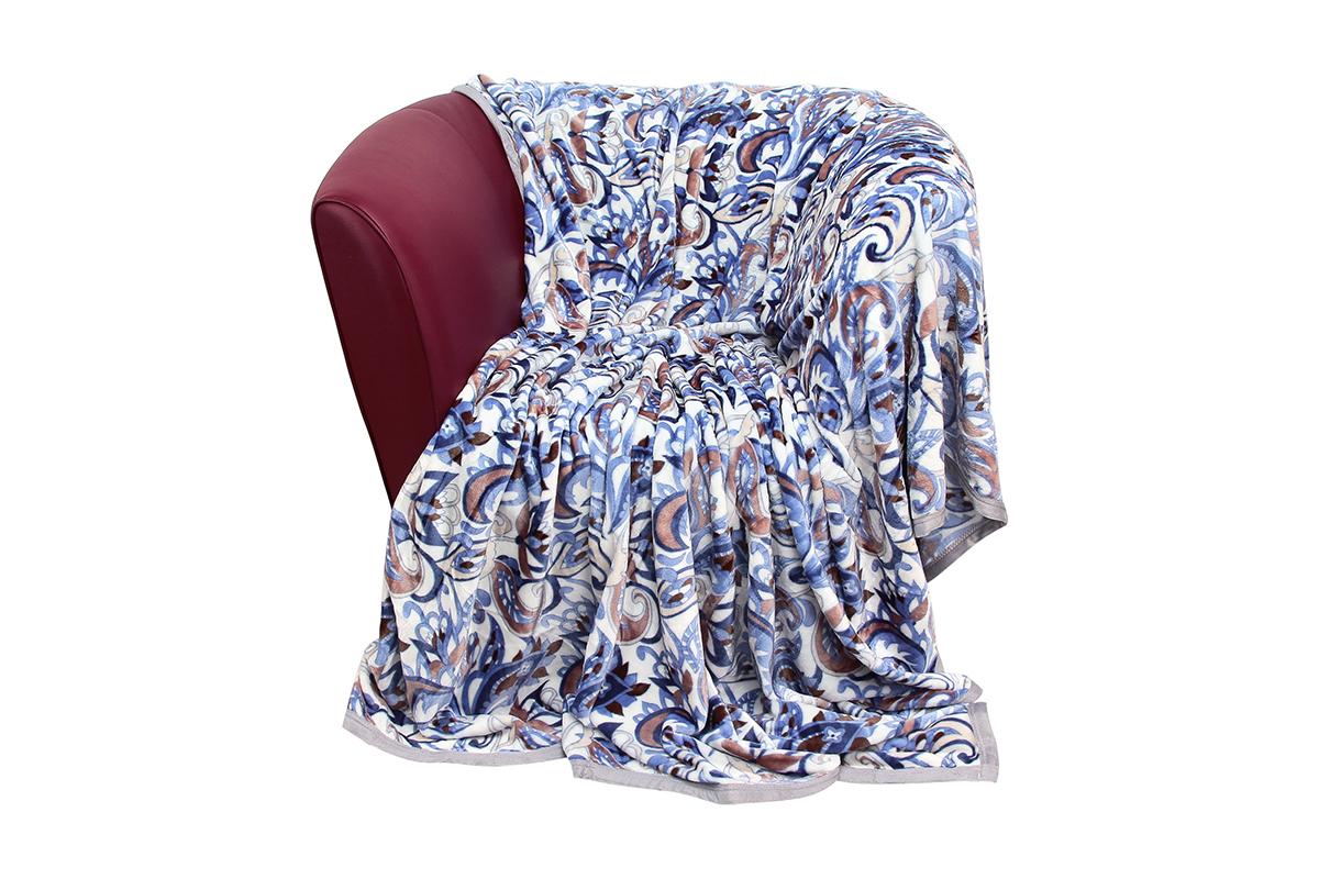 Плед EL Casa Узоры синие, 180 х 200 см960002Уютный, легкий и прочный плед в оригинальном дизайне послужит украшением декора вашей комнаты и согреет вас и ваших близких. Устойчив к истиранию и скатыванию, не мнется, не деформируется, сохранит первоначальный вид даже при активном использовании и многочисленных стирках. Такой плед идеален в качестве подарка на любой праздник. Изделие в подарочной сумке с ручками. Плотность - 320 г/м2.