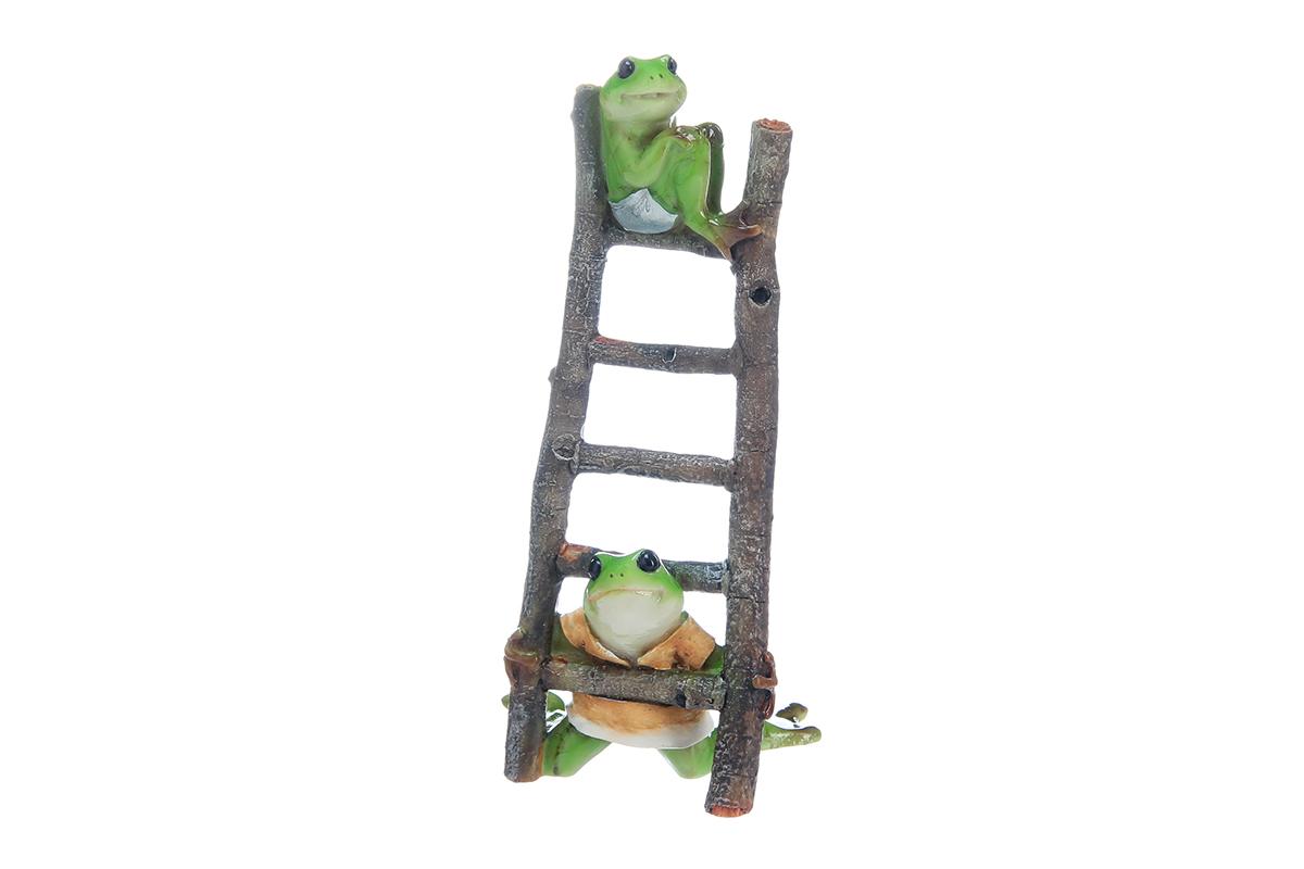 Фигурка декоративная Elan Gallery Лягушки на лестнице, высота 16 смUP210DFДекоративная фигурка в виде забавных лягушат, изготовленная из полистоуна, станет необычным аксессуаром для вашего интерьера. Эта очаровательная вещица станет отличным подарком вашим друзьям и близким.Размер фигурки: 7,5 х 6 х 16 см.