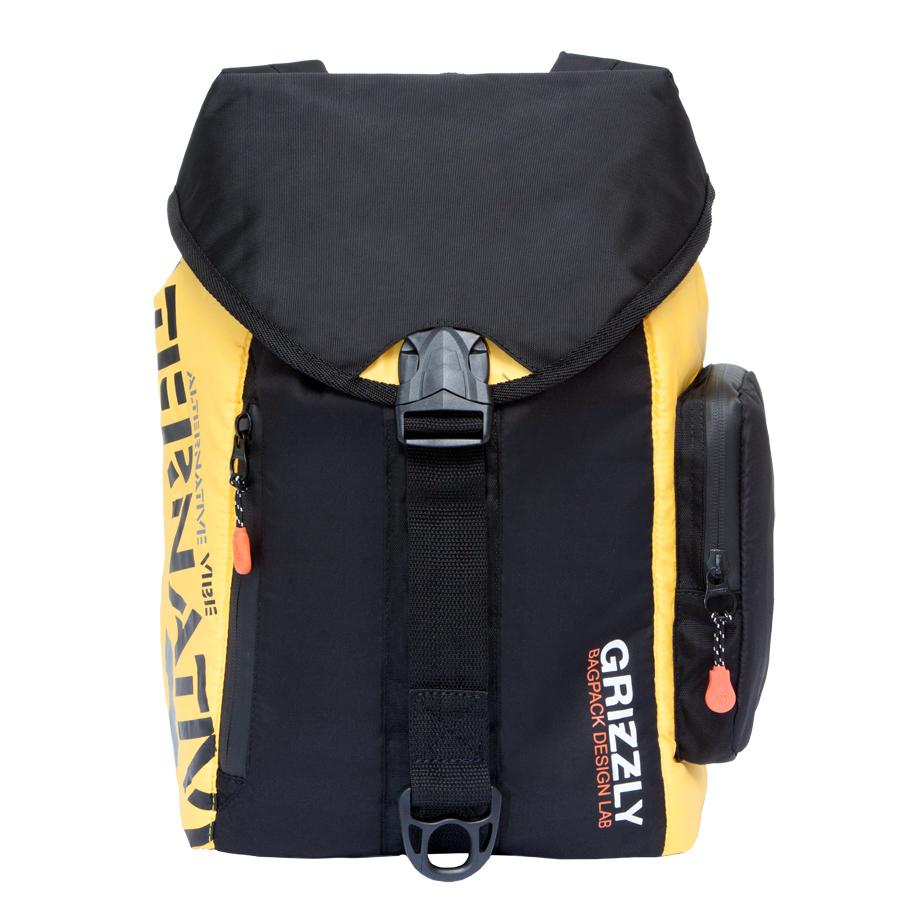 Рюкзак городской Grizzly, цвет: черный, желтый, 16 л. RU-615-1/2RU-417-1 Рюкзак /4 черный - желтыйСтильный рюкзак Grizzly выполнен из полиэстера и таслана, оформлен оригинальным принтом и символикой бренда.Рюкзак содержит одно вместительное отделения, которое закрывается затягивающимся шнуром. Внутри отделения есть карман на застежке-молнии. Снаружи, сбоку изделия, расположен объемный карман. Лицевая сторона изделия дополнена двумя врезным карманами на молнии. Верх рюкзака соединяется с основной частью с помощью фастекса. Рюкзак оснащен спинкой с усиленной вставкой, петлей для подвешивания, двумя практичными лямками, которые регулируются по длине.Практичный рюкзак станет незаменимым аксессуаром и вместит в себя все необходимое.