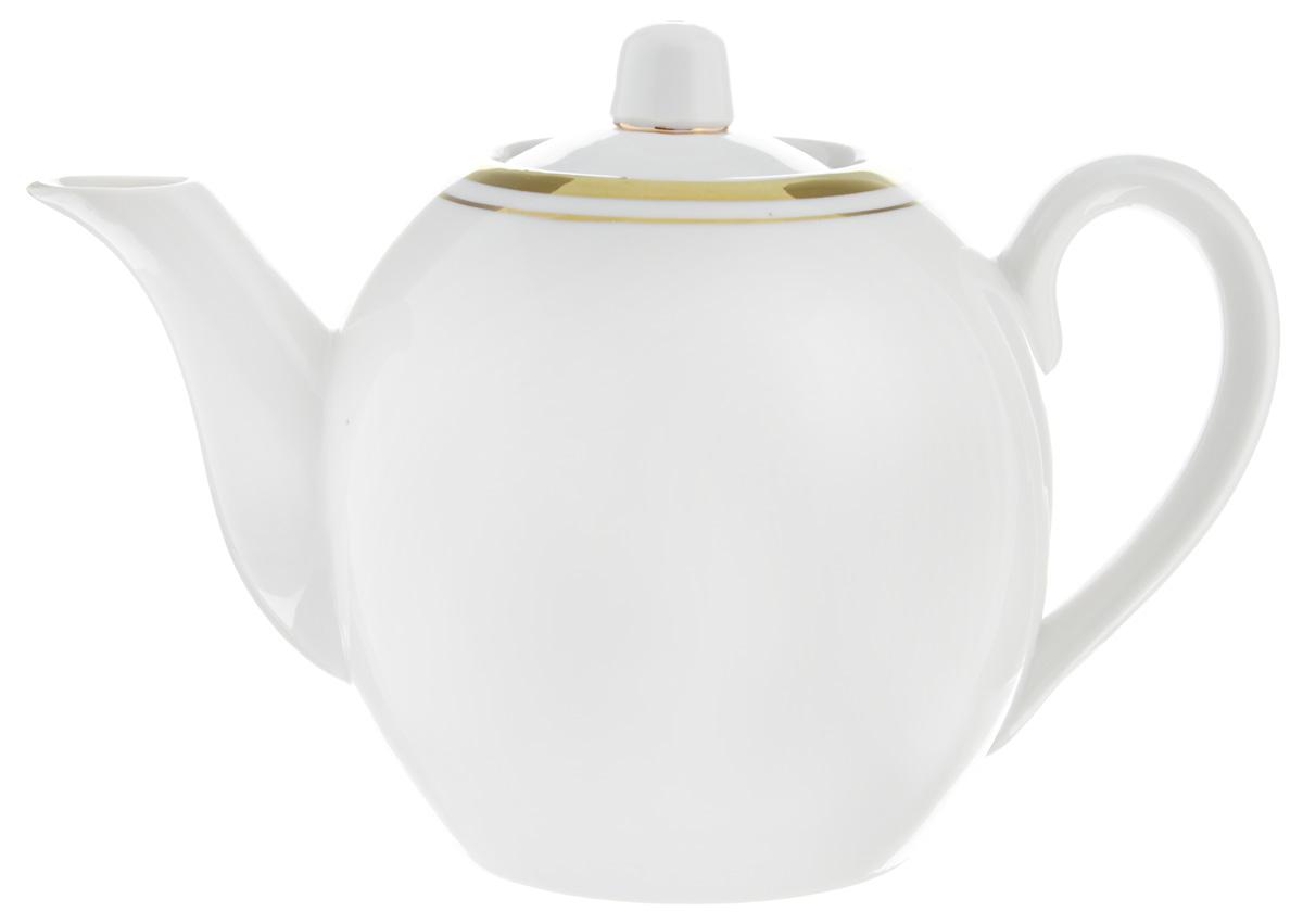 Чайник заварочный Фарфор Вербилок, 800 мл164109ЗДля того чтобы насладиться чайной церемонией, требуется не только знание ритуала и чай высшего сорта. Необходим прекрасный заварочный чайник, который может быть как центральной фигурой фарфорового сервиза, так и самостоятельным, отдельным предметом. От его формы и качества фарфора зависит аромат и вкус приготовленного напитка. Именно такие предметы формируют в доме атмосферу истинного уюта, тепла и гармонии. С заварочным чайником Фарфор Вербилок вы сможете ощутить более богатый, ароматный вкус чая или кофе. Изделие выполнено из высококачественного фарфора и украшено золотистой каймой. Диаметр чайника по верхнему краю: 6 см. Диаметр основания чайника: 7,5 см. Высота чайника (без учета крышки): 11,5 см.