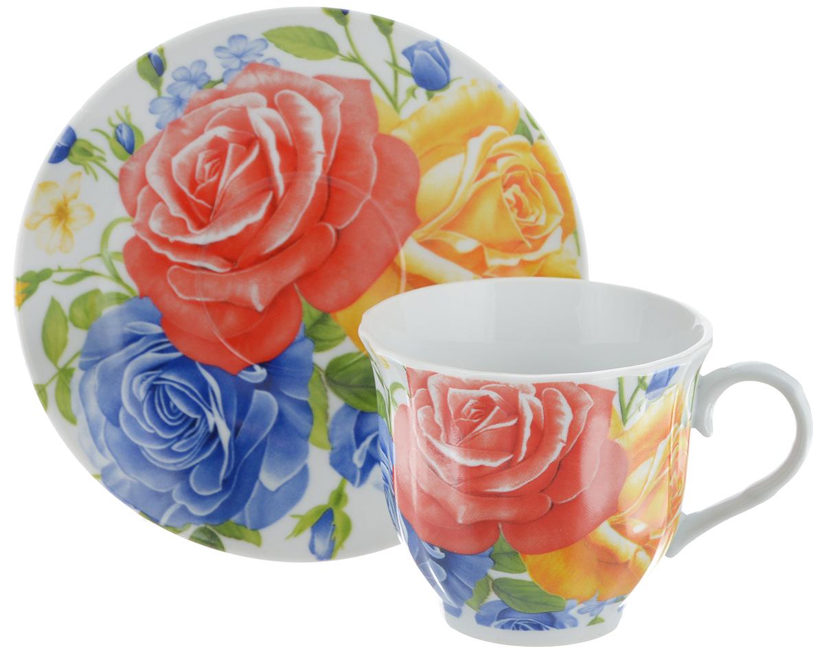 Чайная пара Bella, 2 предмета. DL-F1GB-175115610Чайная пара Bella состоит из чашки и блюдца, изготовленных из высококачественного фарфора. Оригинальный яркий дизайн, несомненно, придется вам по вкусу.Чайная пара Bella украсит ваш кухонный стол, а также станет замечательным подарком к любому празднику.Диаметр чашки (по верхнему краю): 8 см.Высота чашки: 7 см.Объем чашки: 220 мл.Диаметр блюдца: 14 см.