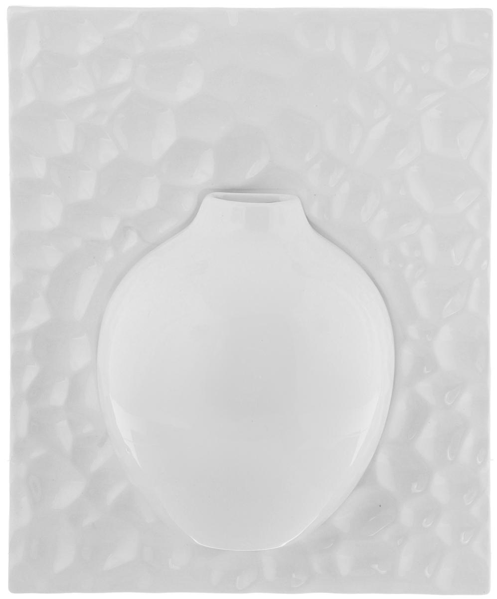 Ваза настенная House & Holder, высота 26 см. YDY17246YDY17246Оригинальная настенная ваза House & Holder, выполненная из керамики, украсит интерьер вашего дома или офиса. Вы можете повесить вазу в любом месте, где она будет удачно смотреться и радовать глаз. Такая ваза подойдет и для цветов, и для декора интерьера. Кроме того - это отличный вариант подарка для ваших близких и друзей.