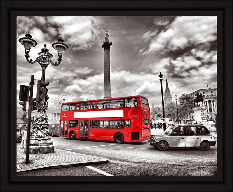Картина Postermarket Лондонский автобус, 40 х 50 см. PM-4038PM-4038Картина Postermarket Лондонский автобус прекрасно подойдет для декора интерьера различных помещений. Постер, выполненный в технике фотопечать, оформлен багетом черного цвета. Картина для интерьера (постер) - это современное и актуальное направление в дизайне помещений. Ее можно использовать для оформления любых помещений (дом, квартира, офис, бар, кафе, ресторан или гостиница). работоспособность. Правильное оформление интерьера создает благоприятный психологический климат, улучшает настроение и мотивирует. Размер картины: 240 x 300 мм.