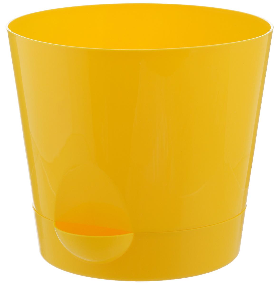 Кашпо Idea Ника, с прикорневым поливом, с поддоном, цвет: желтый, 2,7 лМ 3073Кашпо Idea Ника изготовлено из высококачественного полипропилена (пластика). В комплект входит поддон со специальной выемкой, благодаря которому имеется возможность прикорневого полива. Изделие подходит для выращивания растений и цветов в домашних условиях. Стильная яркая картинка сделает такое кашпо прекрасным дополнением интерьера. Объем горшка: 2,7 л. Диаметр горшка (по верхнему краю): 18 см. Высота горшка: 16,5 см. Диаметр подставки: 15 см.