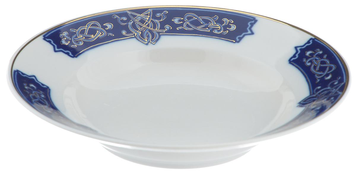 Тарелка глубокая Фарфор Вербилок Византия, диаметр 19 см20031700Глубокая тарелка Фарфор Вербилок Византия выполнена из высококачественного фарфора. Она прекрасно впишется в интерьер вашей кухни и станет достойным дополнением к кухонному инвентарю. Тарелка Фарфор Вербилок Византия подчеркнет прекрасный вкус хозяйки и станет отличным подарком. Диаметр тарелки: 19 см. Высота тарелки: 3,5 см.