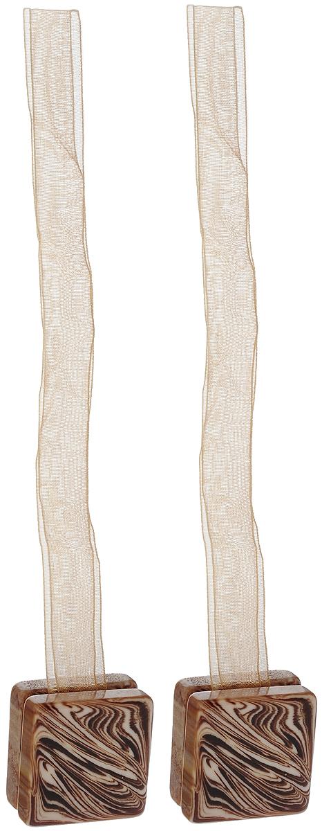 Подхват для штор TexRepublic Ajur. Lenta, на магнитах, цвет: бежевый, 2 шт. 7902779027Изящный подхват для штор TexRepublic Ajur. Lenta, выполненный из пластика и текстиля, можно использовать как держатель для штор или для формирования декоративных складок на ткани. С его помощью можно зафиксировать шторы или скрепить их, придать им требуемое положение, сделать симметричные складки. Благодаря магнитам подхват легко надевается и снимается. Подхват для штор является универсальным изделием, которое превосходно подойдет для любых видов штор. Подхваты придадут шторам восхитительный, стильный внешний вид и добавят уют в интерьер помещения. Длина подхвата: 35 см. Количество: 2 шт.