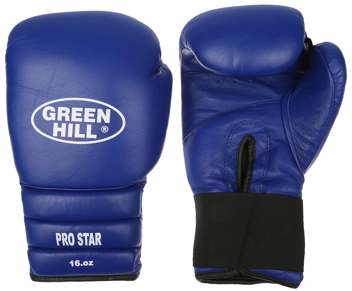 Перчатки боксерские Green Hill Pro Star, цвет: синий. Вес 16 унций. BGPS-2012BGPS-2012Тренировочные боксерские перчатки Green Hill Pro Star отлично подойдут для спаррингов. Верх выполнен из натуральной кожи, наполнитель - из вспененного полимера. Отверстие в области ладони позволяет создать максимально комфортный терморежим во время занятий. Удлиненный сегментированный манжет способствует быстрому и удобному надеванию перчаток, плотно фиксирует их на руке.