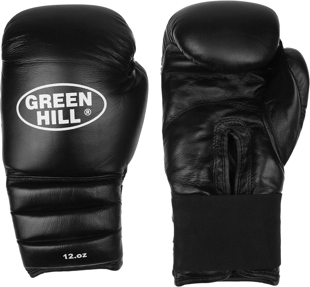 Перчатки боксерские Green Hill Pro Star, цвет: черный, белый. Вес 12 унций. BGPS-2012AIRWHEEL Q3-340WH-BLACKТренировочные боксерские перчатки Green Hill Pro Star отлично подойдут для спаррингов. Верх выполнен из натуральной кожи, наполнитель - из вспененного полимера. Отверстие в области ладони позволяет создать максимально комфортный терморежим во время занятий. Удлиненный сегментированный манжет способствует быстрому и удобному надеванию перчаток, плотно фиксирует их на руке.