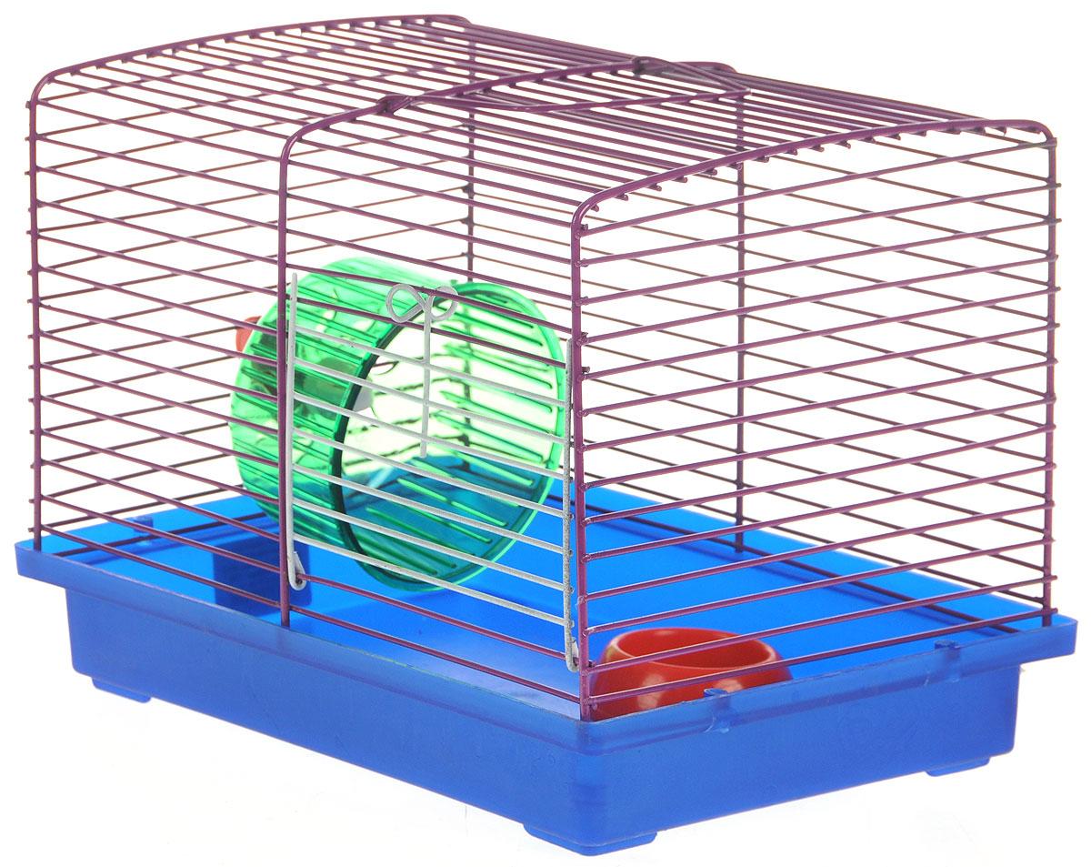Клетка для джунгариков ЗооМарк, с колесом и миской, цвет: синий поддон, фиолетовая решетка, 23 х 18 х 19 см511СФКлетка ЗооМарк, выполненная из пластика и металла, подходит для мелких грызунов. Изделие оборудовано колесом для подвижных игр и пластиковой миской. Клетка имеет яркий поддон, удобна в использовании и легко чистится. Сверху имеется ручка для переноски. Такая клетка станет личным пространством и уютным домиком для маленького грызуна. Комплектация: - клетка с поддоном; - миска; - колесо.