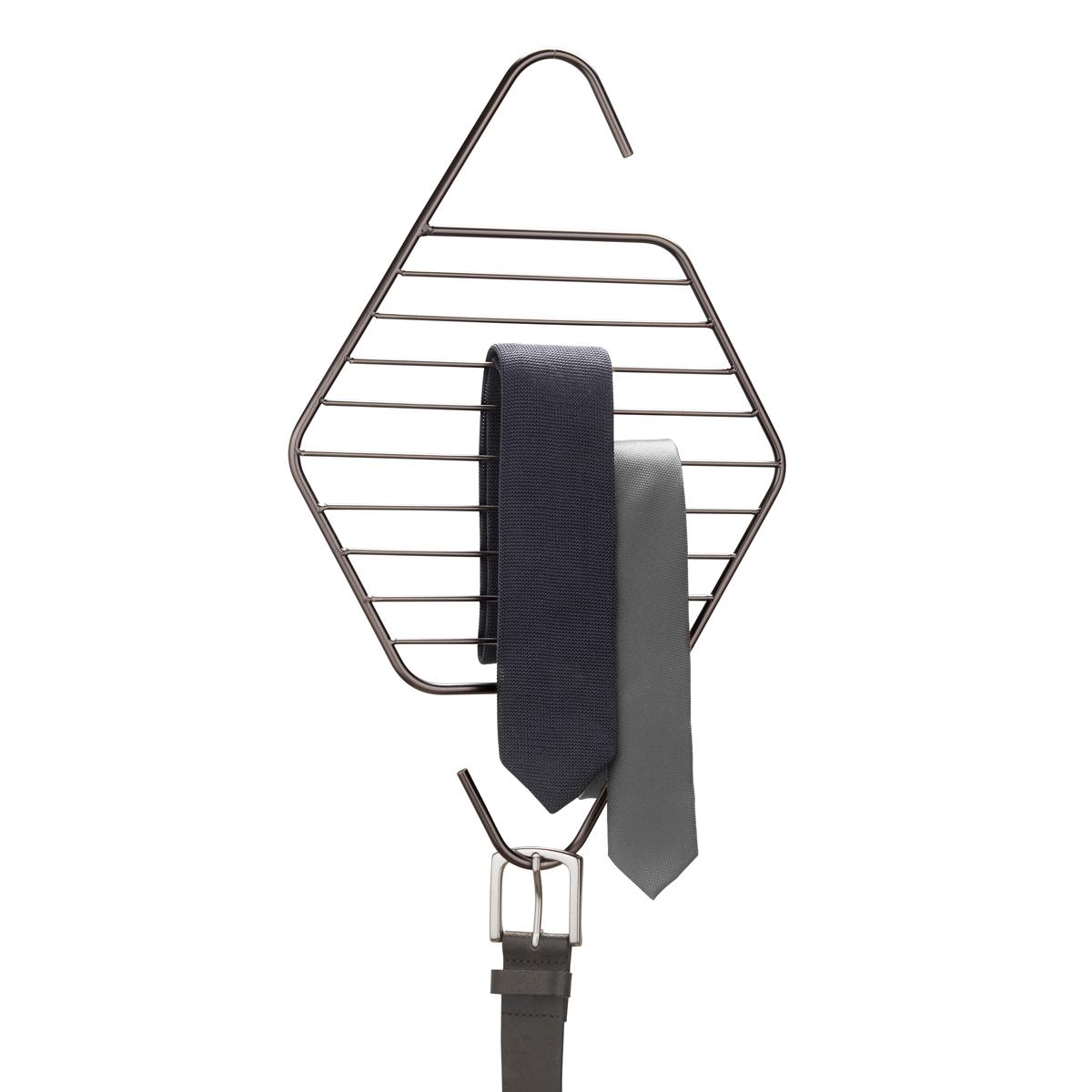 Органайзер для галстуков и ремней Umbra Pendant294316-378Пополнение в коллекции Pendant, которую характеризуют лаконичные геометрические формы. Металлические перекладины предназначены для хранения галстуков и ремней. Может быть подвешен к стене, штанге для вешалок или дверной ручке.