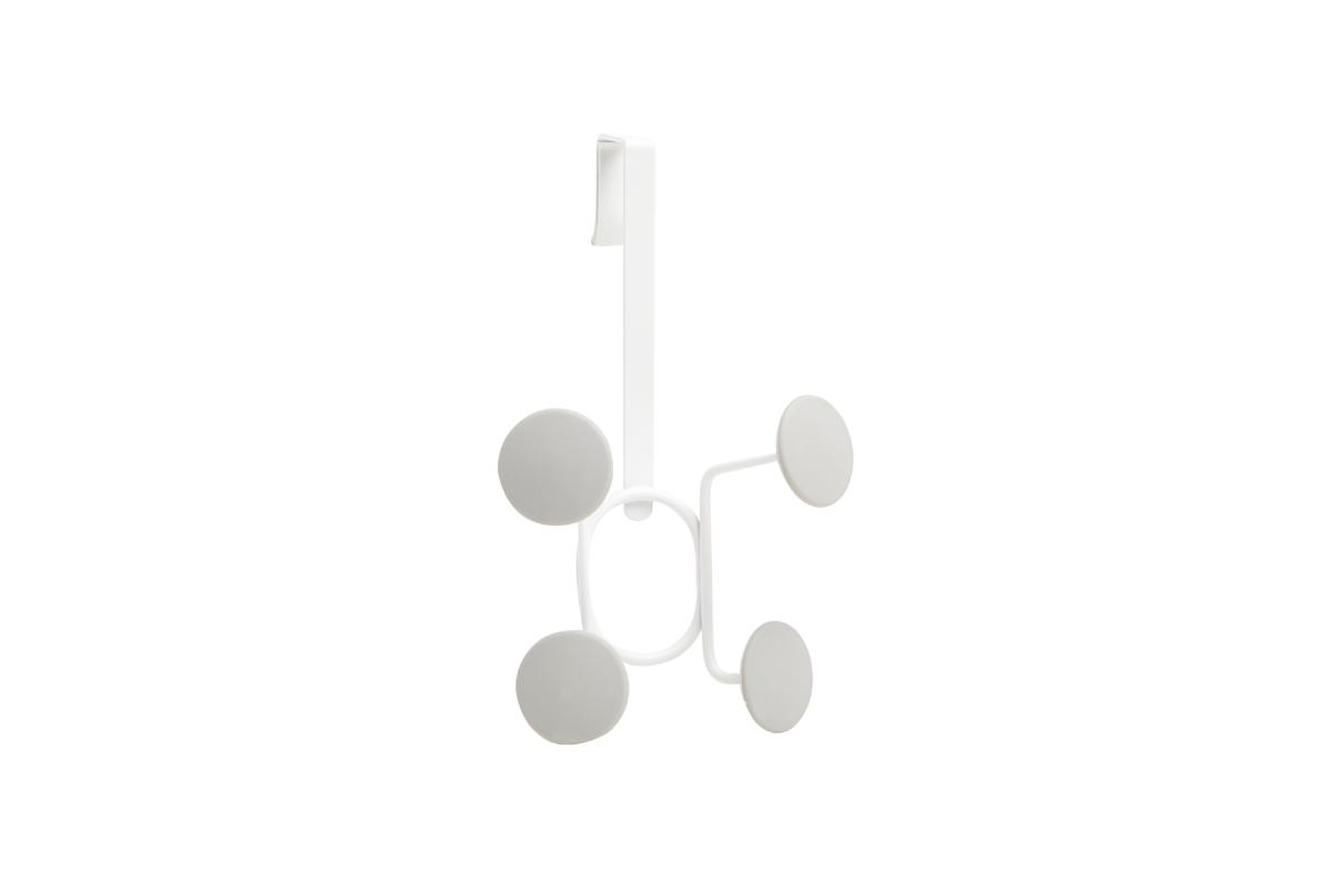 Вешалка на дверь Umbra Yook, цвет: белый, 4 крючка318247-910Геометричная вешалка с 4-мя широкими прорезиненными крючками, похожими на сувенирные значки. Благодаря такой форме крючков вещи будут надежно закреплены, а ткань на них не растянется. Навешивается на дверь при помощи специальных креплений, которые входят в комплект. Каждый крючок выдерживает нагрузку в 2,25 кг.