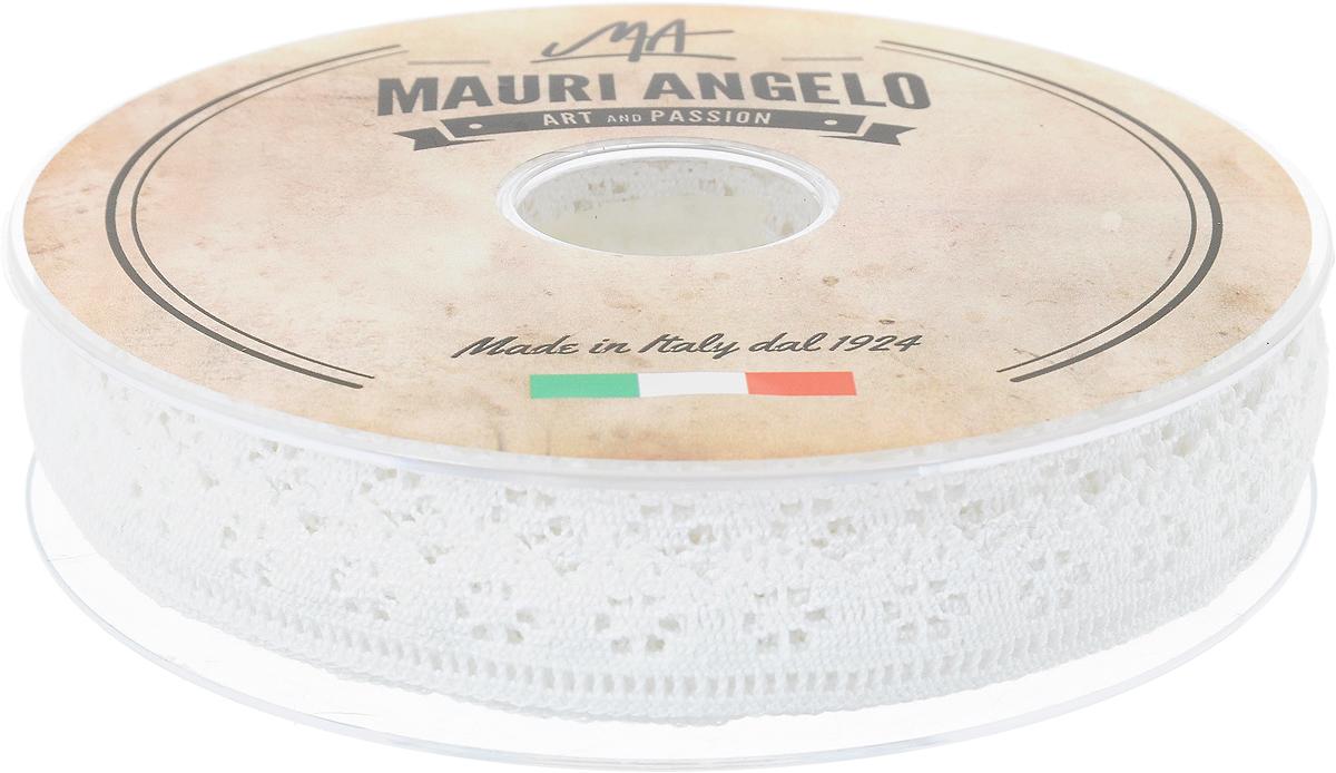 Лента кружевная Mauri Angelo, цвет: белый, 1,7 см х 20 мMR1275_белыйДекоративная кружевная лента Mauri Angelo - текстильное изделие без тканой основы, в котором ажурный орнамент и изображения образуются в результате переплетения нитей. Кружево применяется для отделки одежды, белья в виде окаймления или вставок, а также в оформлении интерьера, декоративных панно, скатертей, тюлей, покрывал. Главные особенности кружева - воздушность, тонкость, эластичность, узорность. Декоративная кружевная лента Mauri Angelo станет незаменимым элементом в создании рукотворного шедевра. Ширина: 1,7 см. Длина: 20 м.