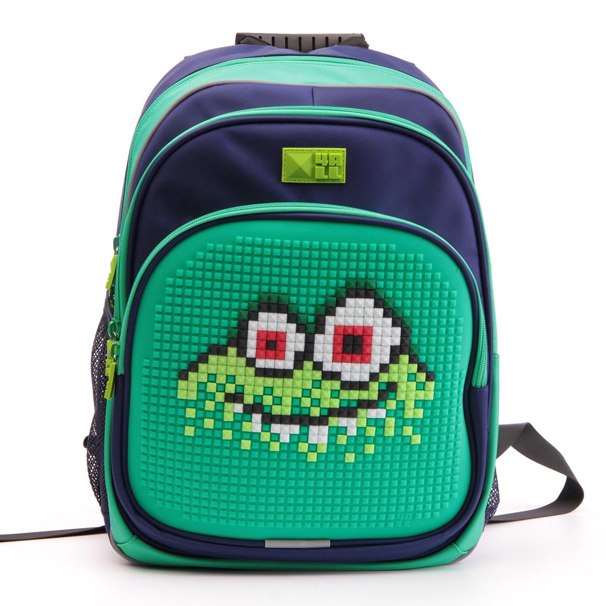 4ALL Рюкзак Kids цвет зеленый темно-синий72523WDРюкзак 4ALL - это одновременно яркий, функциональный школьный аксессуар и площадка для самовыражения. Уникальные рюкзаки Kids имеют гипоаллергенную силиконовую панель и разноцветные мозаичные биты, с помощью которых на рюкзаке можно создавать графические шедевры хоть каждый день!Модель выполнена из полиэстера с водоотталкивающей пропиткой. Рюкзак имеет 2 отделения, снаружи расположены 3 кармана (передний - на молнии, боковые - сетчатые). Система Air Comfort System обеспечивает свободную циркуляцию воздуха между задней стенкой рюкзака и спиной ребенка. Система Ergo System служит равномерному распределению нагрузки на спину ребенка, сохранению правильной осанки. Она способна сделать рюкзак, наполненный учебниками, легким.Ортопедическая спинка как корсет поддерживает позвоночник, правильно распределяя нагрузку. Простая и удобная конструкция спины и лямок позволяет использовать рюкзак даже деткам от 3-х лет.Светоотражающие вставки отвечают за безопасность ребенка в темное время суток.В комплекте 1 упаковка разноцветных пикселей-битов (300 штук) и инструкция для создания базовой картинки. Работа с мелкими битами позволяет дополнительно развивать мелкую моторику рук малыша.