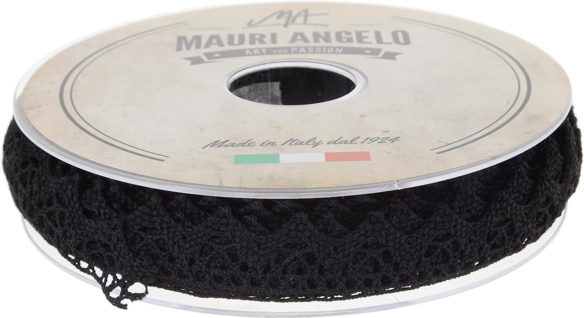 Лента кружевная Mauri Angelo, цвет: черный, 1,8 см х 20 мMR2710/009_черныйДекоративная кружевная лента Mauri Angelo - текстильное изделие без тканой основы, в котором ажурный орнамент и изображения образуются в результате переплетения нитей. Кружево применяется для отделки одежды, белья в виде окаймления или вставок, а также в оформлении интерьера, декоративных панно, скатертей, тюлей, покрывал. Главные особенности кружева - воздушность, тонкость, эластичность, узорность. Декоративная кружевная лента Mauri Angelo станет незаменимым элементом в создании рукотворного шедевра. Ширина: 1,8 см. Длина: 20 м.