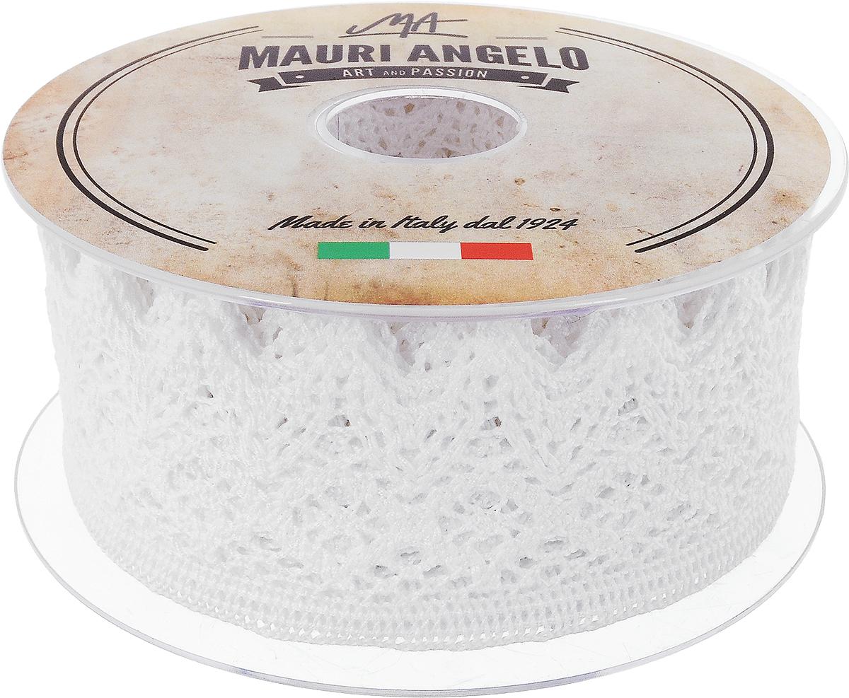 Лента кружевная Mauri Angelo, цвет: белый, 4,4 см х 10 мKOC_GIR288LEDBALL_RДекоративная кружевная лента Mauri Angelo - текстильное изделие без тканой основы, в котором ажурный орнамент и изображения образуются в результате переплетения нитей. Кружево применяется для отделки одежды, белья в виде окаймления или вставок, а также в оформлении интерьера, декоративных панно, скатертей, тюлей, покрывал. Главные особенности кружева - воздушность, тонкость, эластичность, узорность.Декоративная кружевная лента Mauri Angelo станет незаменимым элементом в создании рукотворного шедевра. Ширина: 4,4 см.Длина: 10 м.