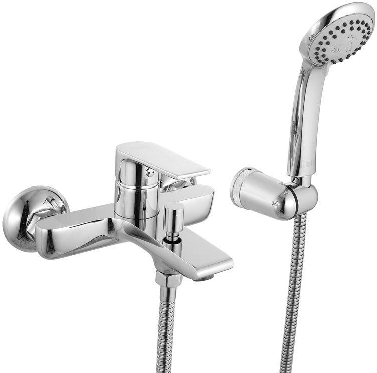 Смеситель для ванны Iddis Edifice, цвет: хром. EDISB00i02EDISB00i02Смеситель для ванны IDDIS изготовлен из высококачественной первичной латуни, прочной, безопасной и стойкой к коррозии. Инновационные технологии литья и обработки латуни, а также увеличенная толщина стенок смесителя обеспечивают его стойкость к перепадам давления и температур. Увеличенное никель-хромовое покрытие полностью соответствует европейским стандартам качества, обеспечивает его стойкость и зеркальный блеск в течение всего срока службы изделия. Благодаря гладкой внутренней поверхности смесителя, рассекателям в водозапорных механизмах и аэратору он имеет минимальный уровень шума. Ручная фиксация дивертора позволяет комфортно принимать душ даже при низком давлении воды. Смеситель оборудован картриджем Kerox со специальной встроенной системой шумопоглощения, который обеспечивает долгий срок службы смесителя. Съемный пластиковый аэратор Neoperl гарантирует ровный и мягкий поток воды без брызг. Встроенный ограничитель потока оптимизирует расход воды без потери...