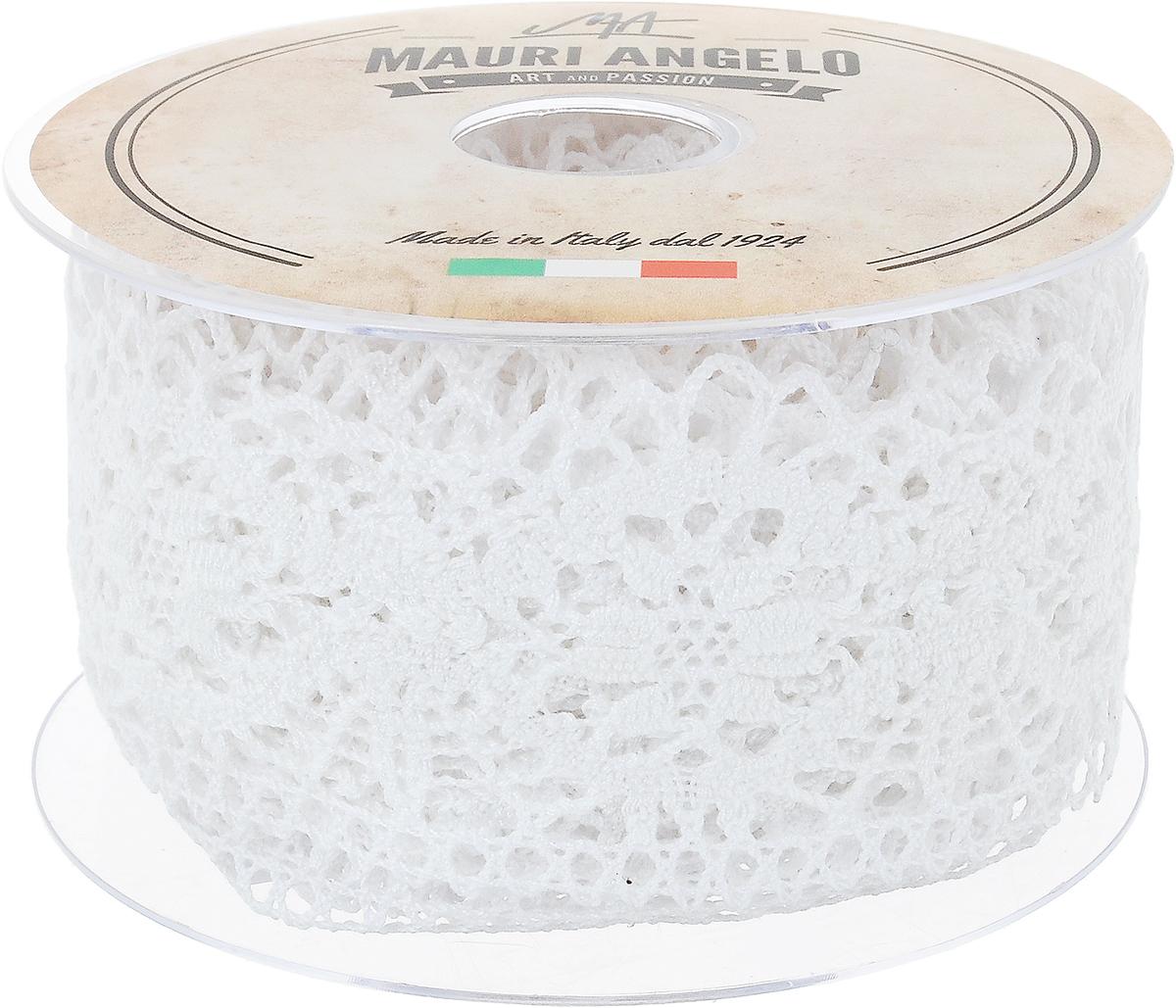 Лента кружевная Mauri Angelo, цвет: белый, 6,3 см х 10 мMR5320_белыйДекоративная кружевная лента Mauri Angelo - текстильное изделие без тканой основы, в котором ажурный орнамент и изображения образуются в результате переплетения нитей. Кружево применяется для отделки одежды, белья в виде окаймления или вставок, а также в оформлении интерьера, декоративных панно, скатертей, тюлей, покрывал. Главные особенности кружева - воздушность, тонкость, эластичность, узорность. Декоративная кружевная лента Mauri Angelo станет незаменимым элементом в создании рукотворного шедевра. Ширина: 6,3 см. Длина: 10 м.