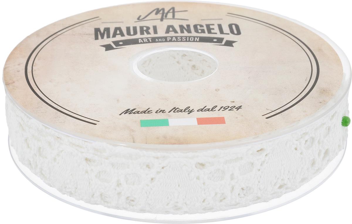 Лента кружевная Mauri Angelo, цвет: белый, 2,7 см х 10 мMR3493CP/PPTДекоративная кружевная лента Mauri Angelo выполнена из высококачественного хлопка. Кружево применяется для отделки одежды, постельного белья, а также в оформлении интерьера, декоративных панно, скатертей, тюлей, покрывал. Главные особенности кружева - воздушность, тонкость, эластичность, узорность. Такая лента станет незаменимым элементом в создании рукотворного шедевра.