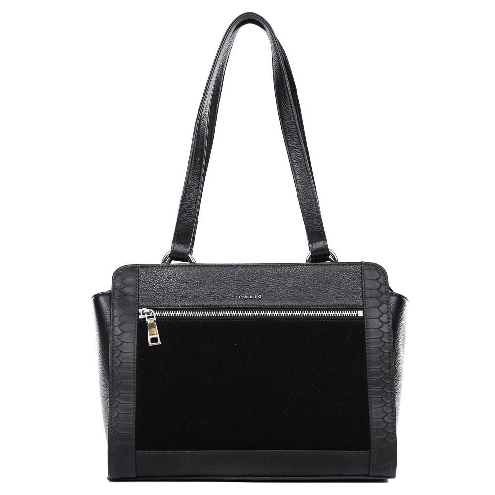 Сумка женская Palio, цвет: черный. 14701A-W1-018/01873298с-1Невероятно изысканная сумка от итальянского бренда Palio выполнена из натуральной плотной кожи с элегантной замшевой вставкой и роскошным тиснением под рептилию. Классический черный цвет, фурнитура выполненная под серебро и уникальное сочетание разных фактур на кожи создают настоящий и невероятно актуальный в этом сезоне шедевр, который без сомнения подчеркнет вашу аристократичность и статусность. Удобное крепление ручек, стильный лицевой карман, - все это дополнит ваш изящный образ. Сумка имеет одно вместительное отделение, которое разделено карманом на молнии. Внутри аксессуара вы с легкостью расположите свой сотовый телефон и другие женские мелочи за счет удобных карманов. На тыльной стороне модели дизайнеры разместили вместительный карман, который закрывается на стильную молнию с кожаным поводком. Сумка с легкостью вмещает формат A4.