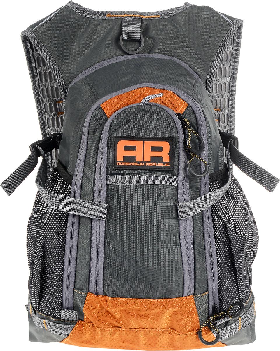 Рюкзак Adrenalin Republic Backpack L, цвет: оранжевый, серый, 25 л80767Adrenalin Republic Backpack L - небольшой, но удобный рюкзак, который придется по душе начинающим рыболовам, женщинам и детям. Собрались на продолжительную рыбалку? Подвесная система рюкзака Adrenalin Republic Backpack L не стесняет маневренность, а при помощи быстрой регулировки длины плечевых лямок вы равномерно распределите переносимый вес. Оригинальный дизайн, износостойкие материалы и удобная конструкция означают комфорт и незабываемые дни, проведенные на рыбалке.