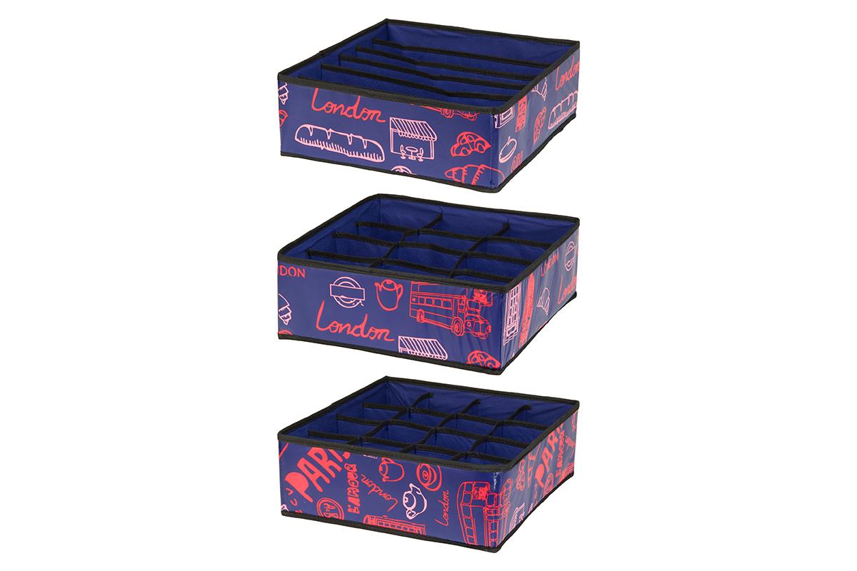 Набор кофров для хранения EL Casa Европа, 32 х 32 х 12 см, 3 штUP210DFНабор EL Casa Европа состоит из трех кофров для хранения. Кофры выполнены из качественного полиэстера, который обеспечивает естественную вентиляцию, отлично пропускает воздух, но не пропускает пыль. Благодаря специальным вставкам из картона кофры прекрасно держат форму. Все кофры содержат разное количество секций. Первый кофр содержит 16 секций для хранения носков и трусов, второй - 12 секций, а третий - 6 продолговатых секций, которые идеальны для бюстгальтеров. Для удобства использования кофры не имеют крышки. Изделия декорированы яркими рисунками и имеют оригинальный дизайн. Легко складываются и раскладываются. Они помогут хранить вещи компактно и удобно. Подходят для размещения в шкафу, комоде.