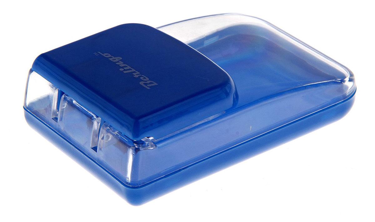 Berlingo Диспенсер для скрепок магнитный цвет синийFS-00103Диспенсер Berlingo выполнен из прочного пластика и представляет собой вместительный резервуар с крышкой, оснащенной магнитом. Диспенсер позволит сохранить скрепки от потери и всегда держать их под рукой.Диспенсер для скрепок - современный и практичный офисный атрибут, который поможет в удобной организации рабочего пространства и станет стильным украшением стола.