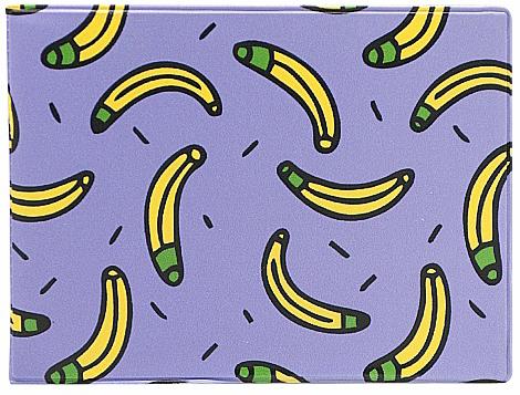Обложка для студенческого билета Kawaii Factory Бананы, цвет: сиреневый, желтый. KW067-000078A16-11154_711Обложка для студенческого билета от Kawaii Factory - оригинальный и стильный аксессуар, который придется по душе истинным модникам и поклонникам интересного и необычного дизайна.Качественная обложка выполнена из легкого и прочного ПВХ с приятной фактурой, который надежно защищает важный документ от пыли и влаги. Рисунок нанесён специальным образом и защищён от стирания. Изделие раскладывается пополам. Внутри размещены два накладных кармашка из прозрачного ПВХ. Простая, но в то же время стильная обложка для студенческого билета определенно выделит своего обладателя из толпы и непременно поднимет настроение.