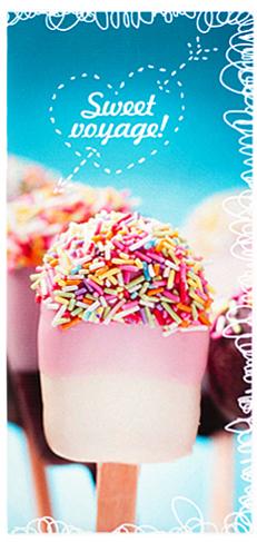Обложка для документов Kawaii Factory Ice-cream, цвет: голубой, розовый. KW066-000029KW066-000029Практичная обложка для путешествий от Kawaii Factory выполнена из легкого и прочного ПВХ, который надежно защищает важные документы от пыли и влаги. Рисунок нанесен специальным образом и защищён от стирания. Изделие раскладывается пополам. Внутри размещены два прочных вертикальных кармана из ПВХ для билетов, документов, посадочных талонов и денег, 4 прозрачных кармашка из ПВХ для карточек и разных мелочей, один из которых закрывается клапаном. Простая, но в то же время стильная обложка для путешествий определенно выделит своего обладателя из толпы, непременно поднимет настроение и поможет быстро найти нужный документ в аэропорту или на вокзале. Этот оригинальный и стильный аксессуар придется по душе истинным поклонникам оригинальных и необычных дизайнов.