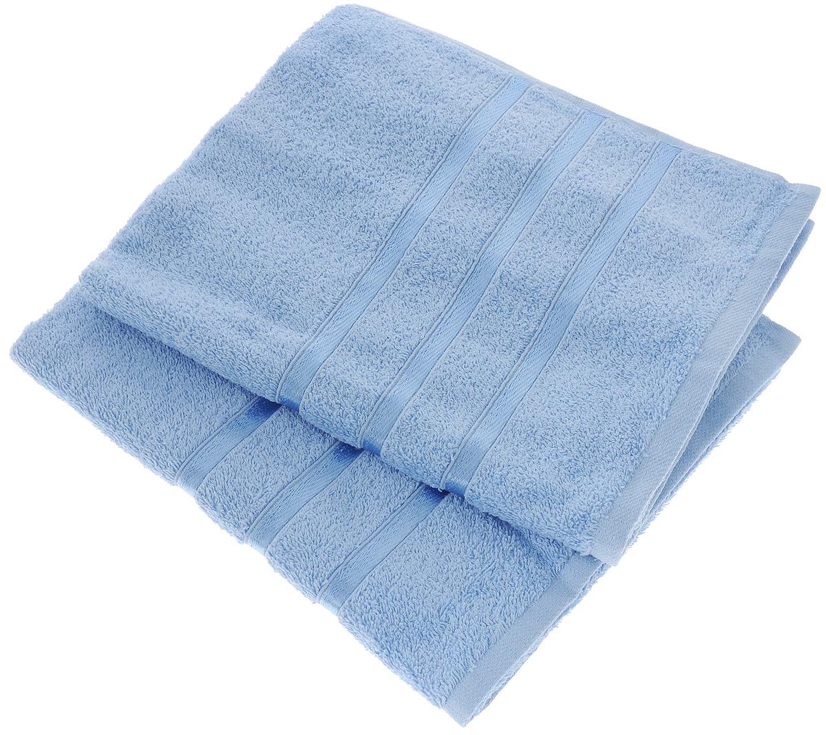 Набор полотенец Tete-a-Tete Ленты, цвет: голубой, 50 х 85 см, 2 шт19201Набор Tete-a-Tete Ленты состоит из двух махровых полотенец, выполненных из натурального 100% хлопка. Бордюр полотенец декорирован лентами. Изделия мягкие, отлично впитывают влагу, быстро сохнут, сохраняют яркость цвета и не теряют форму даже после многократных стирок. Полотенца Tete-a-Tete Ленты очень практичны и неприхотливы в уходе. Они легко впишутся в любой интерьер благодаря своей нежной цветовой гамме. Набор упакован в красивую коробку и может послужить отличной идеей для подарка.Размер полотенец: 50 х 85 см.