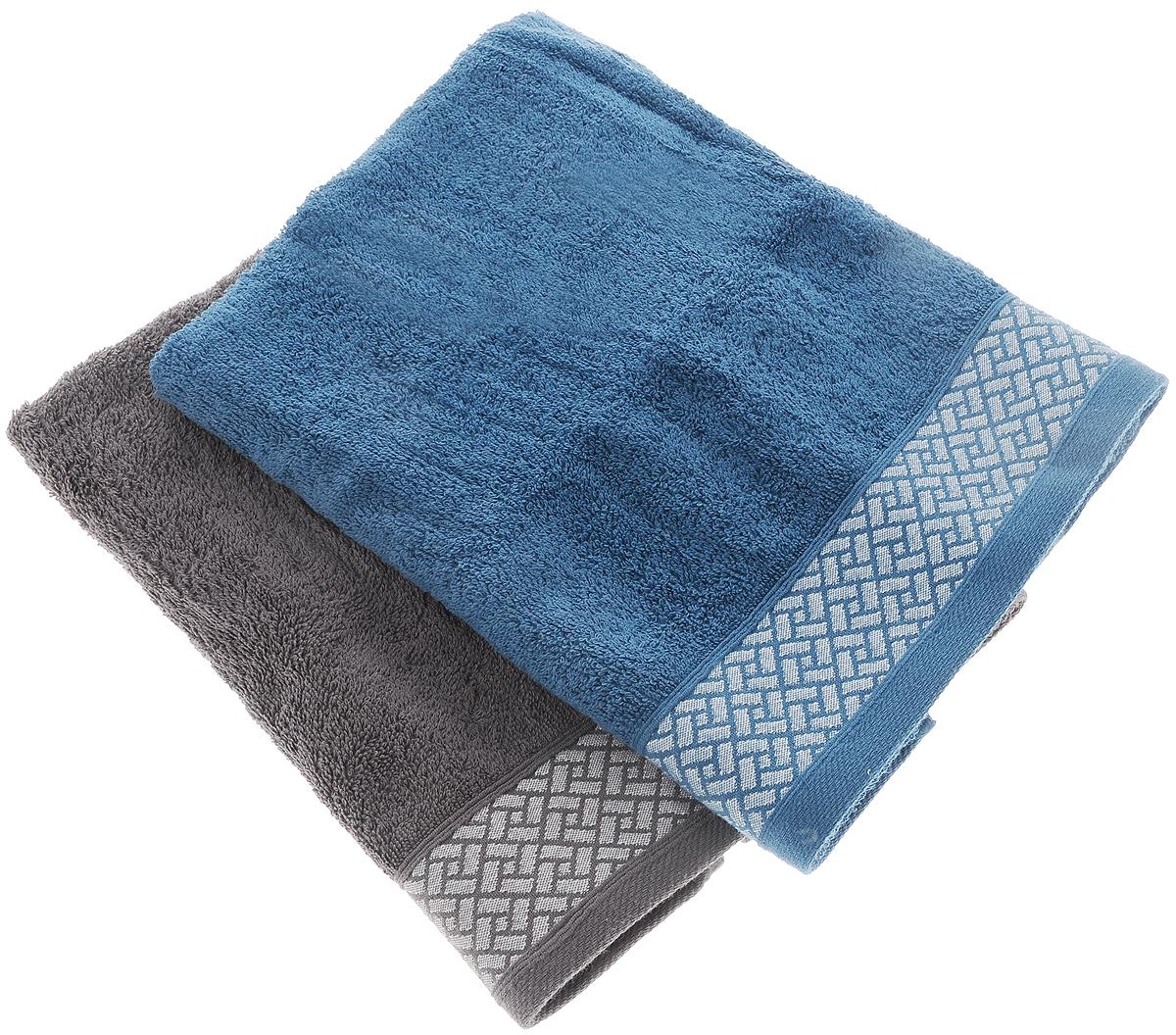 Набор полотенец Tete-a-Tete Лабиринт, цвет: серый, синий, 50 х 90 см, 2 штKOC_SOL249_G4Набор Tete-a-Tete Лабиринт состоит из двух махровых полотенец, выполненных из натурального 100% хлопка. Бордюр полотенец декорирован геометрическим узором. Изделия мягкие, отлично впитывают влагу, быстро сохнут, сохраняют яркость цвета и не теряют форму даже после многократных стирок. Полотенца Tete-a-Tete Лабиринт очень практичны и неприхотливы в уходе. Они легко впишутся в любой интерьер благодаря своей нежной цветовой гамме. Набор упакован в красивую коробку и может послужить отличной идеей подарка.Размер полотенец: 50 х 90 см.