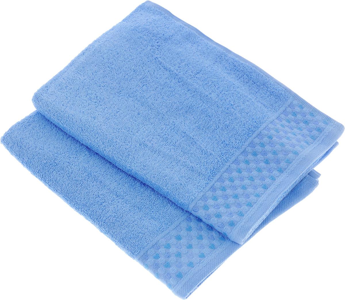 Набор полотенец Tete-a-Tete Сердечки, цвет: голубой, 50 х 90 см, 2 штУП-007-03-2Набор Tete-a-Tete Сердечки состоит из двух махровых полотенец, выполненных из натурального 100% хлопка. Бордюр полотенец декорирован сердечками и горошком. Изделия мягкие, отлично впитывают влагу, быстро сохнут, сохраняют яркость цвета и не теряют форму даже после многократных стирок. Полотенца Tete-a-Tete Сердечки очень практичны и неприхотливы в уходе. Они легко впишутся в любой интерьер благодаря своей нежной цветовой гамме.