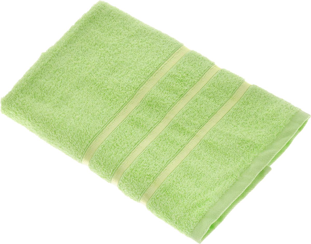 Полотенце Tete-a-Tete Ленты, цвет: салатовый, 70 х 135 см. УП-002УП-002-07Полотенце Tete-a-Tete Ленты выполнено из натуральной махровой ткани (100% хлопок). Изделие отлично впитывает влагу, быстро сохнет, сохраняет яркость цвета и не теряет форму даже после многократных стирок. Полотенце очень практично и неприхотливо в уходе. Оно станет достойным выбором для вас и приятным подарком для ваших близких.
