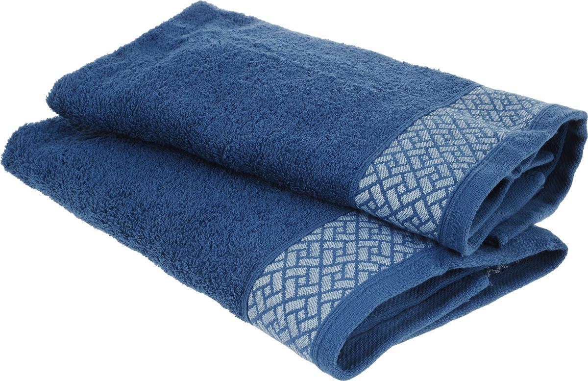 Набор полотенец Tete-a-Tete Лабиринт, цвет: темно-синий, 50 х 90 см, 2 штKOC_SOL249_G4Набор Tete-a-Tete Лабиринт состоит из двух махровых полотенец, выполненных из натурального 100% хлопка. Бордюр полотенец декорирован геометрическим узором. Изделия мягкие, отлично впитывают влагу, быстро сохнут, сохраняют яркость цвета и не теряют форму даже после многократных стирок. Полотенца Tete-a-Tete Лабиринт очень практичны и неприхотливы в уходе. Они легко впишутся в любой интерьер благодаря своей нежной цветовой гамме. Набор упакован в красивую коробку и может послужить отличной идеей подарка.