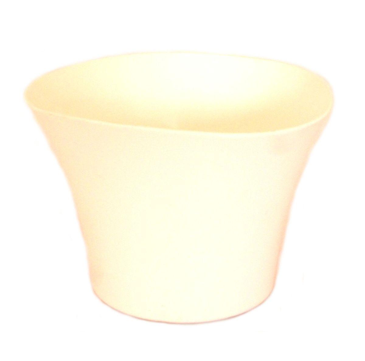 Кашпо JetPlast Волна, цвет: белый, 600 млZ-0307Кашпо Волна имеет уникальную форму, сочетающуюся как с классическим, так и с современным дизайном интерьера. Оно изготовлено из прочного полипропилена (пластика) и предназначено для выращивания растений, цветов и трав в домашних условиях. Такое кашпо порадует вас функциональностью, а благодаря лаконичному дизайну впишется в любой интерьер помещения. Объем кашпо: 600 мл.