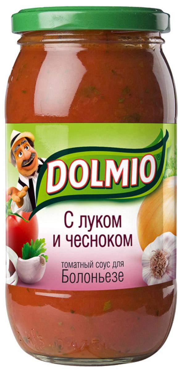 Dolmio с луком и чесноком, томатный соус для Болоньезе, 500 г012071010 спелых томатов, луковица и несколько зубчиков чеснока - превосходная комбинация для приготовления блюд из курицы, свинины и говядины. Дополняют вкус ароматные итальянские приправы - орегано и базилик. Попробуй приготовить свои любимые домашние блюда с соусом и не забудь пристегнуть ремни: с минуты на минуту твоя кухня может отправиться в Италию.