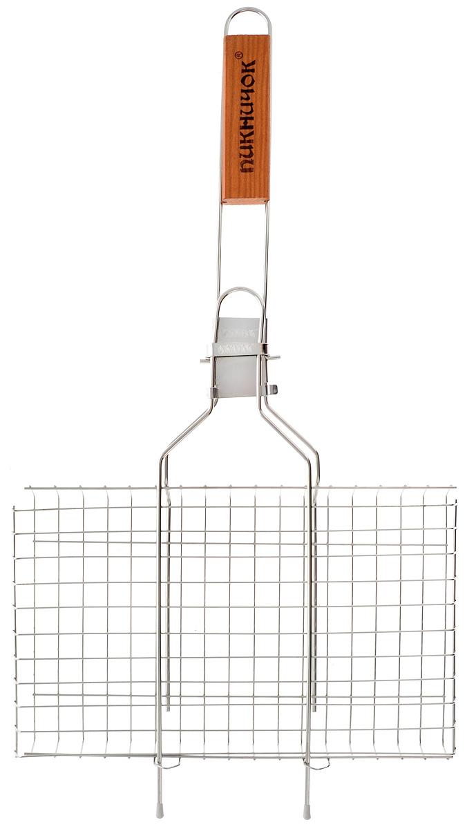Решетка-гриль Пикничок Семейная реликвия. Альпийская, со съемной ручкой, 34 х 21 см401-399Решетка-гриль Пикничок Семейная реликвия. Альпийская изготовлена из высококачественной нержавеющей стали, поэтому при длительном использовании она не теряет своей формы, а так же вы легко удалите с нее остатки пищи. В решетке-гриль удобно готовить мясо, рыбу, морепродукты и овощи. Средняя решетка-гриль Пикничок Семейная реликвия. Альпийская рассчитана на небольшую компанию. Рукоятка изделия оснащена деревянной вставкой и фиксирующей скобой, которая зажимает створки решетки. При необходимости рукоятку можно снять. Размер рабочей поверхности решетки (без учета усиков): 34 х 21 см. Общая длина решетки (с ручкой): 62 см.