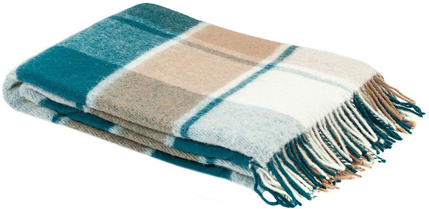 Плед Пиросмани, цвет: зеленый, бежевый, белый, 170 х 200 см. 1-207-170_1396515412Мягкий и приятный плед Пиросмани изготовлен из 100% новозеландской овечьей шерсти. Плед добавит комнате уюта и согреет в прохладные дни. Такое теплое украшение может стать отличным подарком друзьям и близким! Под шерстяным пледом вам никогда не станет жарко или холодно, он помогает поддерживать постоянную температуру тела. Шерсть обладает прекрасной воздухопроницаемостью, она поглощает и нейтрализует вредные вещества и славится своими целебными свойствами. Плед из шерсти станет лучшим лекарством для людей, страдающих ревматизмом, радикулитом, головными и мышечными болями, сердечно-сосудистыми заболеваниями и нарушениями кровообращения. Шерсть не электризуется. Она прочна, износостойка, долговечна. Наконец, шерсть просто приятна на ощупь, ее мягкость и фактура вызывают потрясающие тактильные ощущения!Пиросмани - коллекция пледов с кистями, уменьшенной плотности из 100% натуральной новозеландской овечьей шерсти. Характеристики:Материал: 100% новозеландская овечья шерсть. Цвет: цвет: зеленый, бежевый, белый. Размер пледа: 170 см х 200 см. Размер упаковки: 50 см х 8 см х 40 см. Артикул: 1-207-170_13.