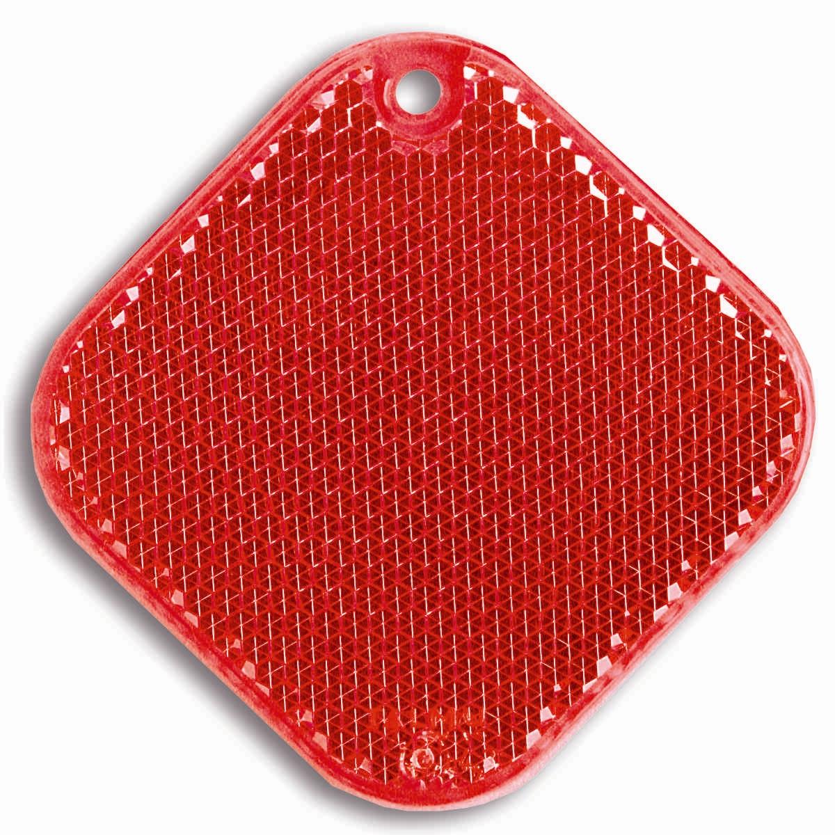 Световозвращатель пешеходный Coreflect Ромб, цвет: красный118705Пешеходный светоотражатель — это серьезное средство безопасности на дороге. Использование светоотражателей позволяет в десятки раз сократить количество ДТП с участием пешеходов в темное время суток. Светоотражатель крепится на одежду и обладает способностью к направленному отражению светового потока. Благодаря такому отражению, водитель может вовремя заметить пешехода в темноте, даже если он стоит или двигается по обочине. А значит, он успеет среагировать и избежит возможного столкновения.