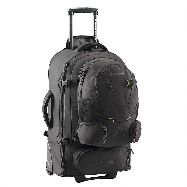 Рюкзак на колесах Caribee Sky Master, цвет: черный, 70 л6918Sky Master предоставляет вам выбор – нести рюкзак или катить его по земле. 70-и и 80-и литровые рюкзаки очень легкие и оборудованы скрытой системой анатомических лямок с мягкой подушкой, бедренном ремнем, поясничной поддержкой, отстегивающимися верхним и нижним отделами, что делает их использование сплошным удовольствием! Алюминиевая выдвигающаяся ручка и большие колеса позволяют легко преодолевать любые дороги. Эти рюкзаки также имеют отстегивающийся небольшой рюкзак, расположенный на лицевой части. Это означает, что по приезде на место вам не понадобится таскать повсюду весь рюкзак целиком. Чтобы помочь разложить вещи во время путешествия, рюкзак оборудован длинной молнией и отстегивающимся отделом для обуви. Таким образом вы легко сможете достать вещи из любого места рюкзака, а ваша обувь не испачкает одежду. Закрывающийся на молнию корпус, набедренные ремни с мягкой защитой, множество внутренних карманов и фиксирующие ремни, защищающие вашу одежду, делают Sky Master надежным и...