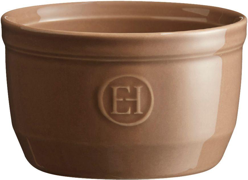 Рамекин Emile Henry, цвет: мускат, диаметр 10,5 см961010Порционная форма рамекин Emile Henry предназначена как для готовки, так и для сервировки отдельных порций. Идеально подходит для кухни в загородном доме. Высокопрочная керамика (HR ceramic) великолепно распределяет и сохраняет тепло, что и требуется для приготовления помадок, гратенов, рассыпчатых и открытых пирогов. Форма не боится перепадов температур, и ее можно ставить в духовку сразу после того, как она была вынута из морозильной камеры. Покрытие формы устойчиво к появлению сколов и царапин, а его цвет остается ярким даже после многократного использования в посудомоечной машине. Рамекин №10 имеет больший объем, чем другие. Поэтому он также может быть использован для несладких рецептов, таких как овощные пироги или порционный гратен. Он также может быть использован для приготовления более легких десертов, таких как шоколадный мусс или тирамису.