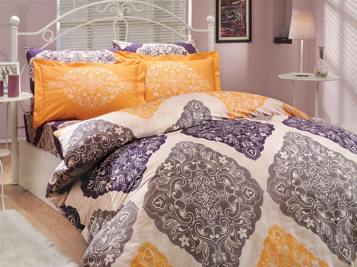 Комплект белья Hobby Home Collection Amanda, евро, наволочки 50x70, 70x70, цвет: фиолетовый1501000037Комплект белья Hobby Home Collection состоит из простыни, пододеяльника и 4 наволочек. Белье выполнено из поплина - это ткань из 100% натурального хлопка. По легенде этот материал впервые произвели во французской резиденции Папы Римского, городе Авиньон. За это ткань назвали поплином, что означает папский. По своим характеристикам она напоминает бязь, однако, на ощупь гораздо более мягкая и гладкая. Прекрасные потребительские качества обеспечили поплину популярность у розничного покупателя: ткань не выцветает и не мнется, ее можно не гладить вообще; не линяет и не деформируется при стирке до сорока градусов; на сто процентов состоит из натуральных хлопковых волокон.