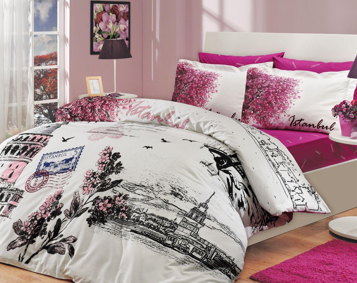 Комплект белья Hobby Home Collection Istanbul Panaroma, евро, наволочки 50x70, 70x70, цвет: розовый1501000113Комплект белья Hobby Home Collection состоит из простыни, пододеяльника и 4 наволочек. Белье выполнено из поплина - это ткань из 100% натурального хлопка. По легенде этот материал впервые произвели во французской резиденции Папы Римского, городе Авиньон. За это ткань назвали поплином, что означает папский. По своим характеристикам она напоминает бязь, однако, на ощупь гораздо более мягкая и гладкая. Прекрасные потребительские качества обеспечили поплину популярность у розничного покупателя: ткань не выцветает и не мнется, ее можно не гладить вообще; не линяет и не деформируется при стирке до сорока градусов; на сто процентов состоит из натуральных хлопковых волокон.