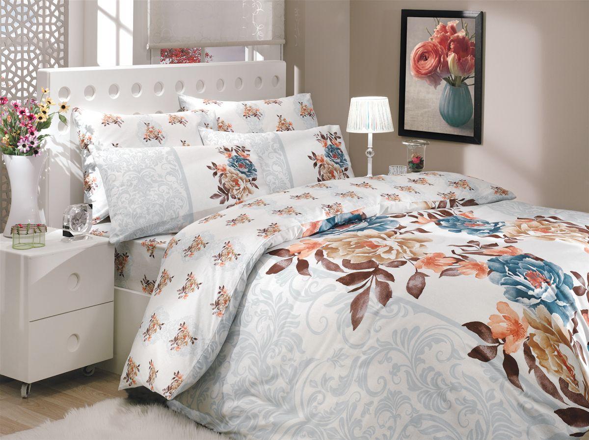 Комплект белья Hobby Home Collection Delicia, 2-спальный, наволочки 70x70, цвет: синий1501000910Комплект белья Hobby Home Collection состоит из простыни, пододеяльника и 4 наволочек. Белье выполнено из ранфорса - это ткань из 100% натурального хлопка, которая легко стирается, практичнее льна, подстраивается под температуру воздуха - зимой на таком белье тепло, летом - прохладно. Мягкость и нежность материала создает чувство комфорта и защищенности. У хлопка хорошая проводимость тепла, поэтому постельное белье из него может надолго оставаться свежим. Постельное белье с оригинальными дизайнами станет отличным выбором для людей, стремящихся всегда быть стильными.