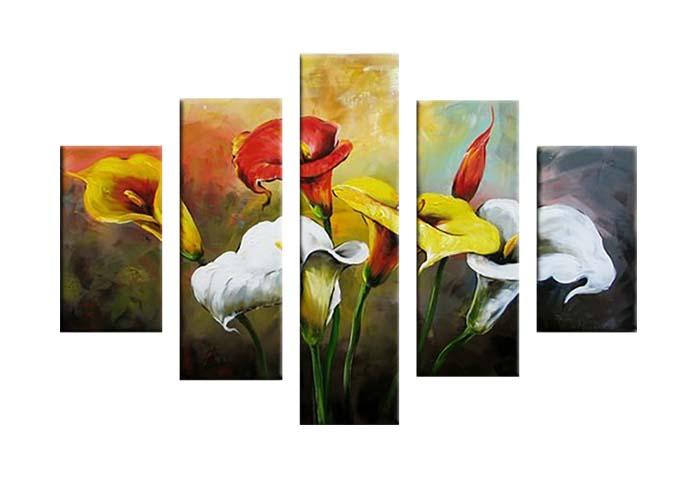 Картина Арт78 Букет калл, модульная, 140 см х 80 см. арт780020-2арт780020-2Ничто так не облагораживает интерьер, как хорошая картина. Особенную атмосферу создаст крупное художественное полотно, размеры которого более метра. Подобные произведения искусства, выполненные в традиционной технике (холст, масляные краски), чрезвычайно капризны: требуют сложного ухода, регулярной реставрации, особого микроклимата – поэтому они просто не могут существовать в условиях обычной городской квартиры или загородного коттеджа, и требуют больших затрат. Данное полотно идеально приспособлено для создания изысканной обстановки именно у Вас. Это полотно создано с использованием как традиционных натуральных материалов (холст, подрамник - сосна), так и материалов нового поколения – краски, фактурный гель (придающий картине внешний вид масляной живописи, и защищающий ее от внешнего воздействия). Благодаря такой композиции, картина выглядит абсолютно естественно, и отличить ее от традиционной техники может только специалист. Но при этом изображение отлично смотрится с любого...